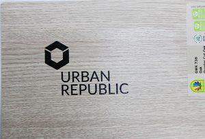 Impresión de logotipo en materiales de madera por WER-D4880UV 2